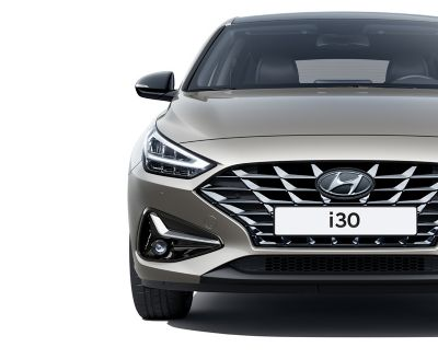 The new Hyundai i30 pictured from the front, highlighting its new headlamp design.
